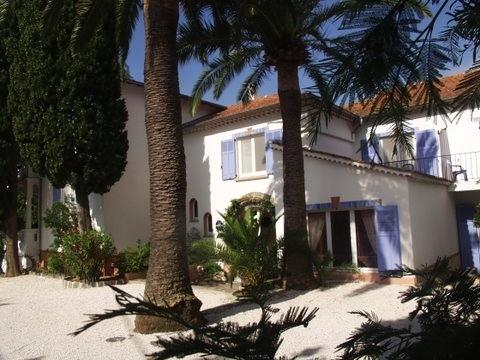 2013 – Bei so viel Brückentagen kommt Urlaub in den Sinn! Hotel Villa Provencale lädt zum Entspannen ein