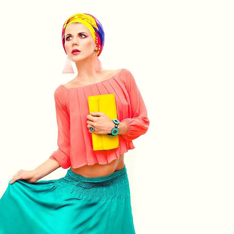 Mode an der Côte d'Azur – Farbenfrohes Flanieren