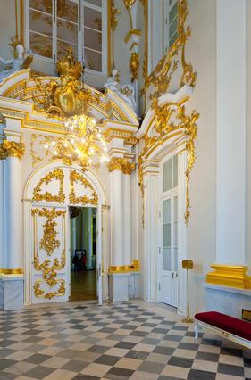 Parfüm Museen zeigen dem Besucher Schätze aus der Welt edler Düfte