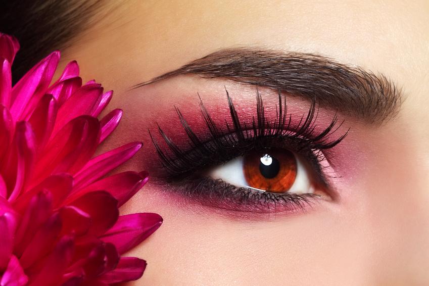 10 Beauty-Tipps, um jünger auszusehen