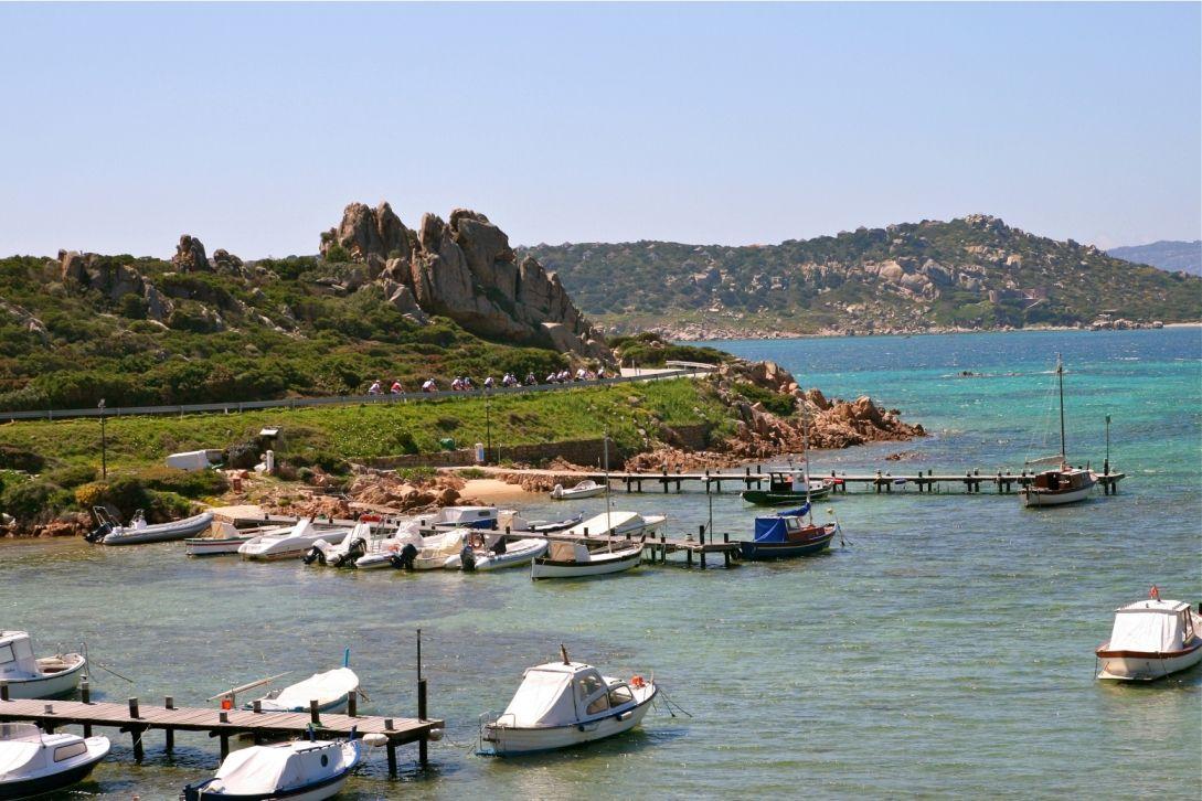 Sardinien-Radrundfahrt im September: Traumhafte Küsten und faszinierendes Hinterland